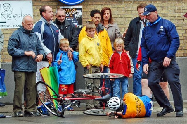 June. Fergus Muir's crash in Asse Photo by Martin Purser
